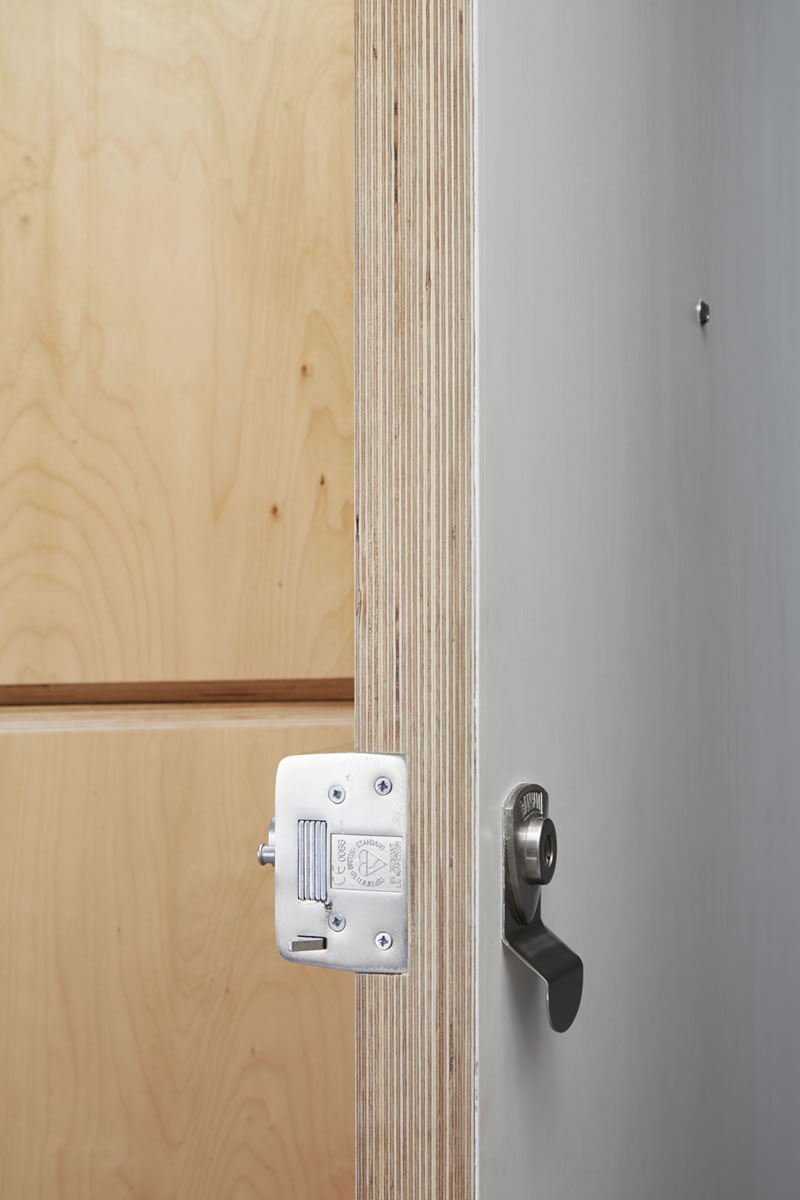 casa plywood 22